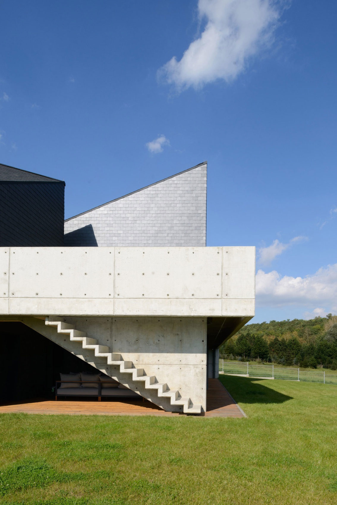 House in Krostoszowice by RS+ Robert Skitek (5)