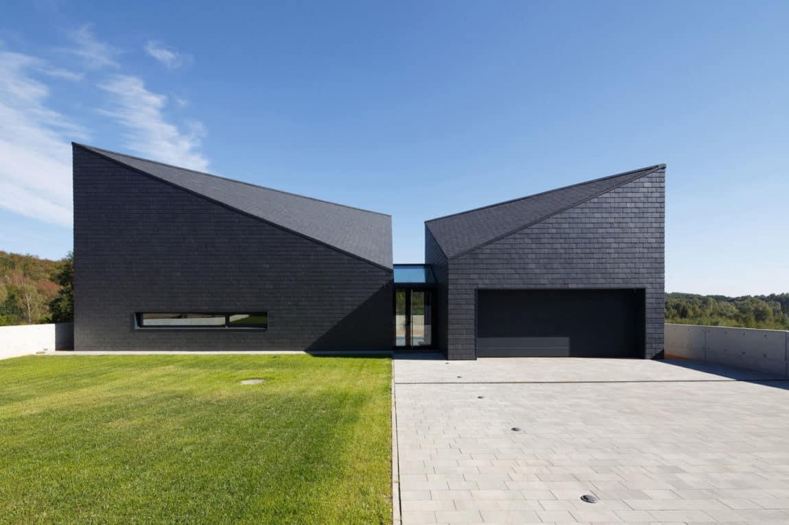 House in Krostoszowice by RS+ Robert Skitek (6)