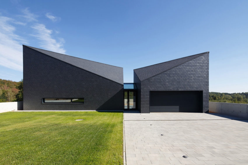 House in Krostoszowice by RS+ Robert Skitek (6)