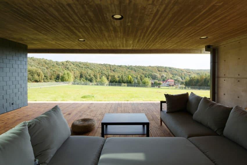 House in Krostoszowice by RS+ Robert Skitek (13)