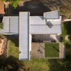 Pereira Narvaes House by SUCRA Arquitetura + Design (2)