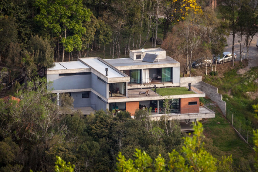 Pereira Narvaes House by SUCRA Arquitetura + Design (3)