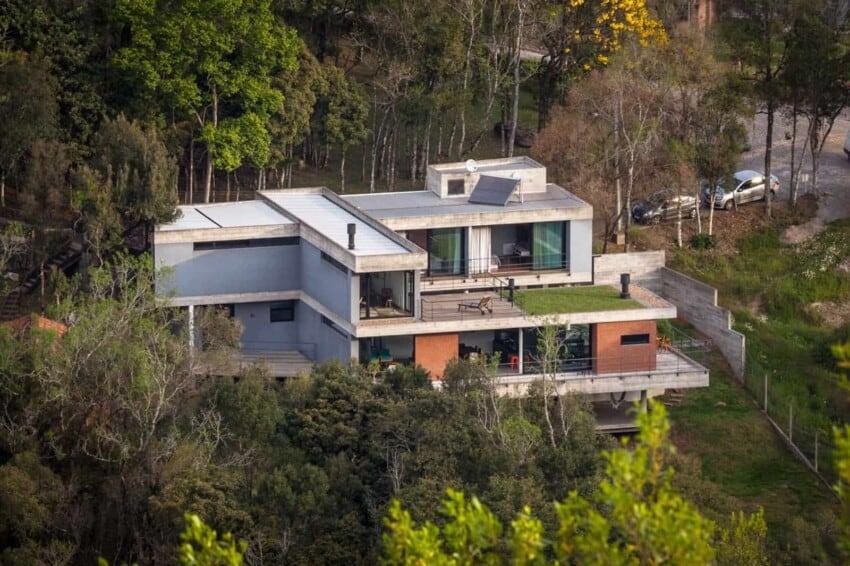 Pereira Narvaes House by SUCRA Arquitetura + Design (3)