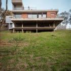Pereira Narvaes House by SUCRA Arquitetura + Design (4)