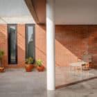Pereira Narvaes House by SUCRA Arquitetura + Design (16)