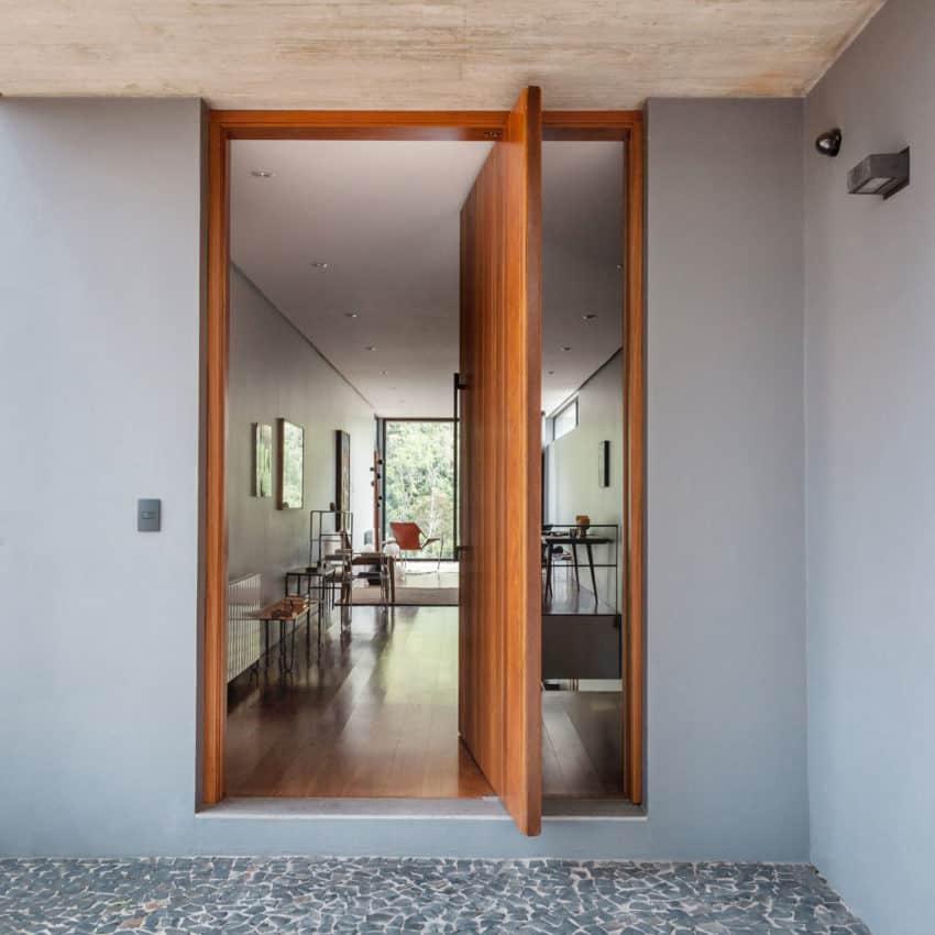 Pereira Narvaes House by SUCRA Arquitetura + Design (17)
