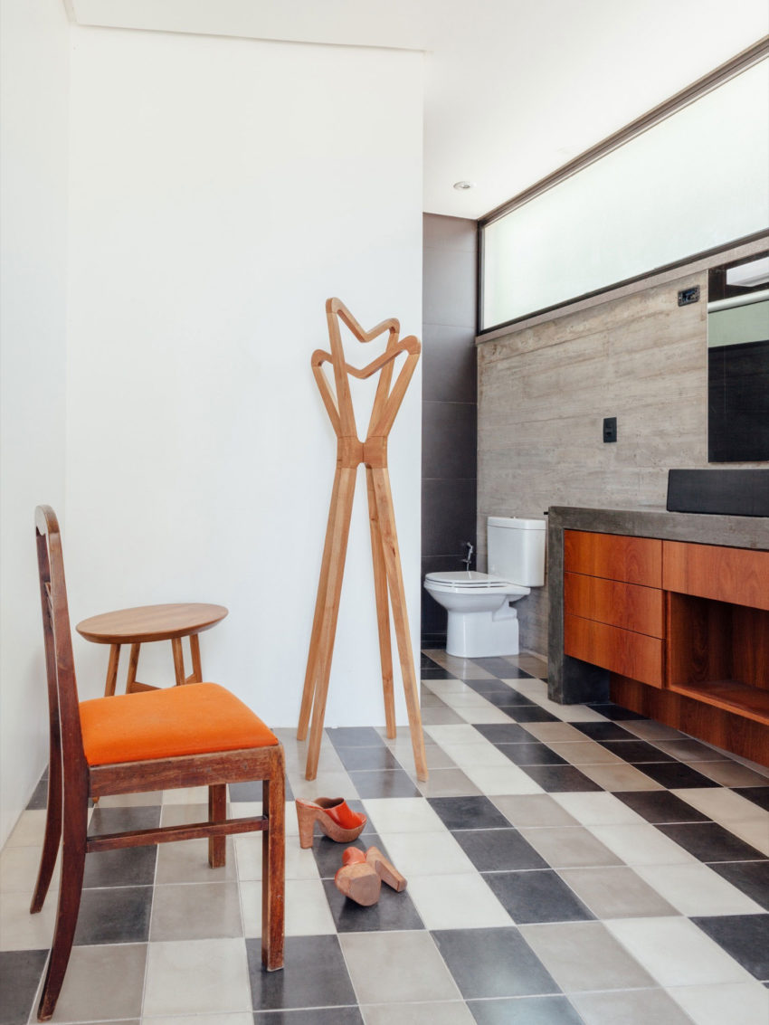 Pereira Narvaes House by SUCRA Arquitetura + Design (36)