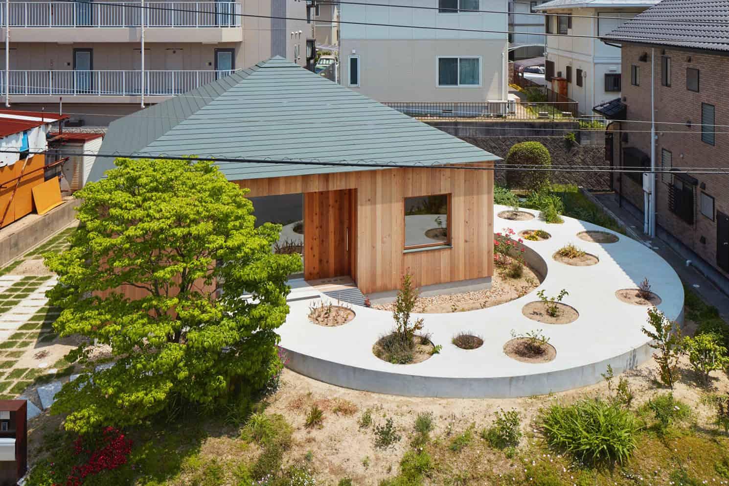 House-in-Mukainada-03