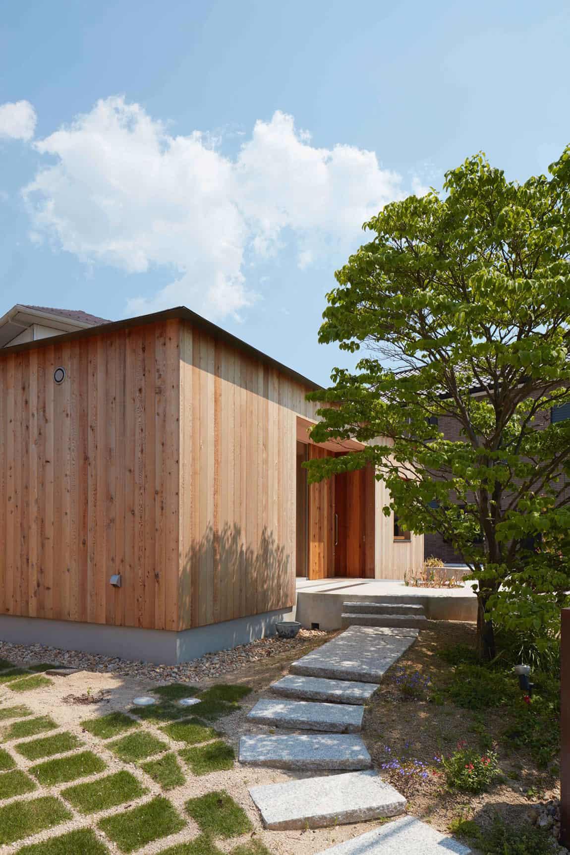 House-in-Mukainada-05