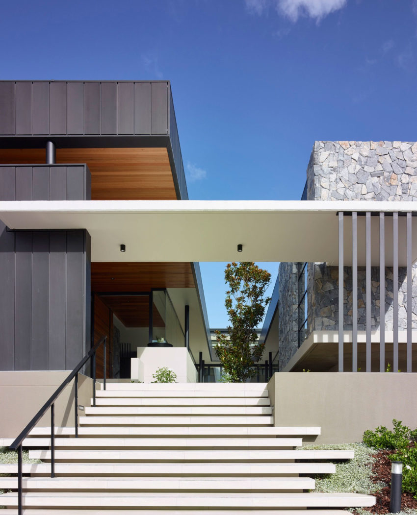 Small Modern House In Australia: Ellivo Architects Design A Spacious Contemporary Home In