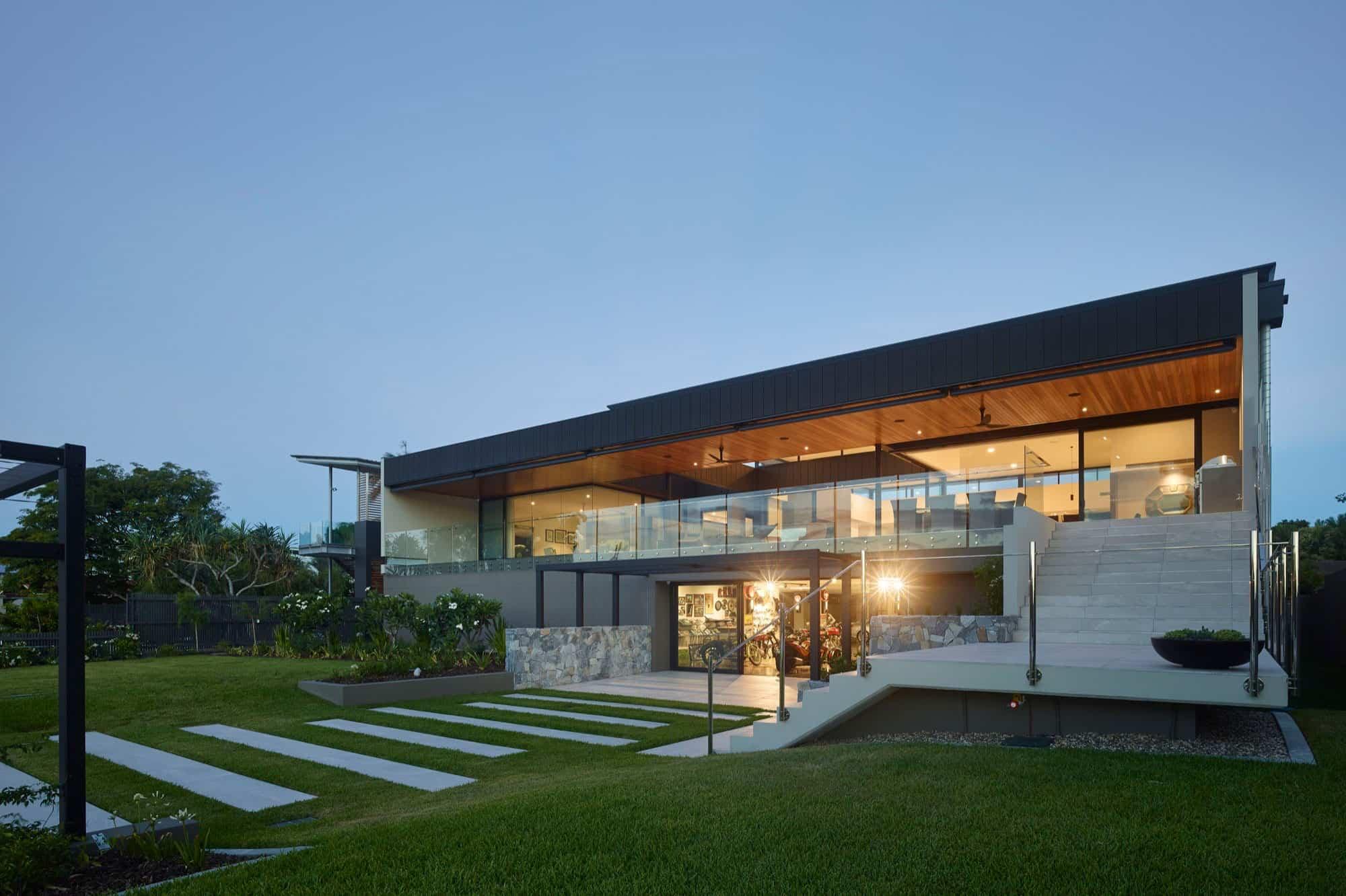 Ellivo Architects Design a Spacious Contemporary Home in Brisbane ...