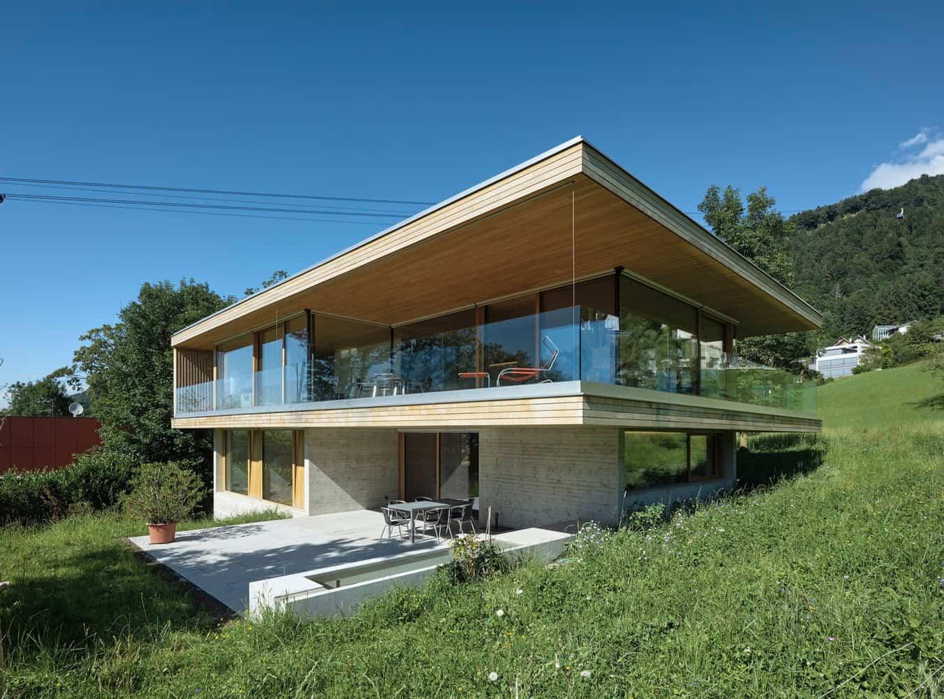 Dietrich | Untertrifaller Architekten Design a Contemporary Home in Bregenz, Austria