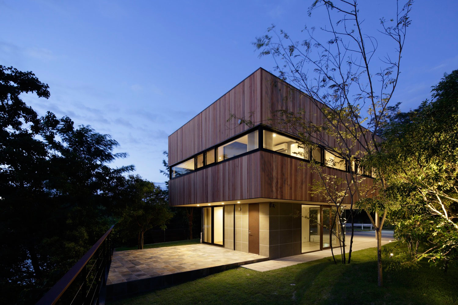 Japanese House Designed by CAPD Architects