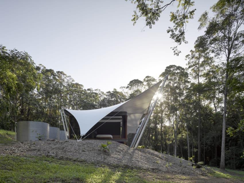 View in gallery ... & A Unique Tent House in Eumundi Australia