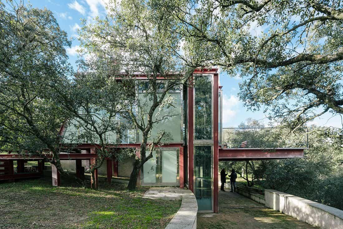 The-Hidden-Pavilion-03