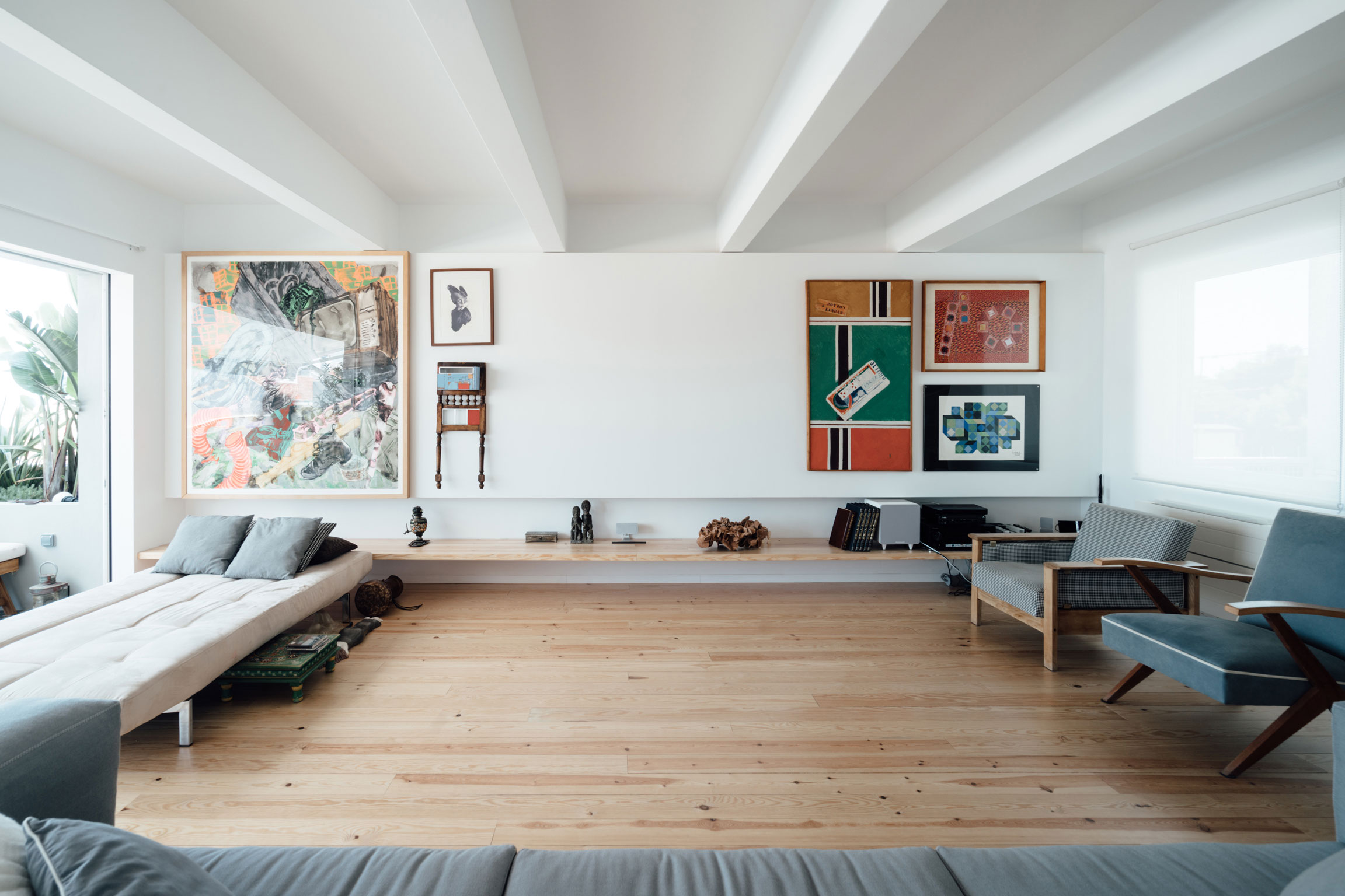 A Luminous and Spacious Apartment in Lisbon, Portugal
