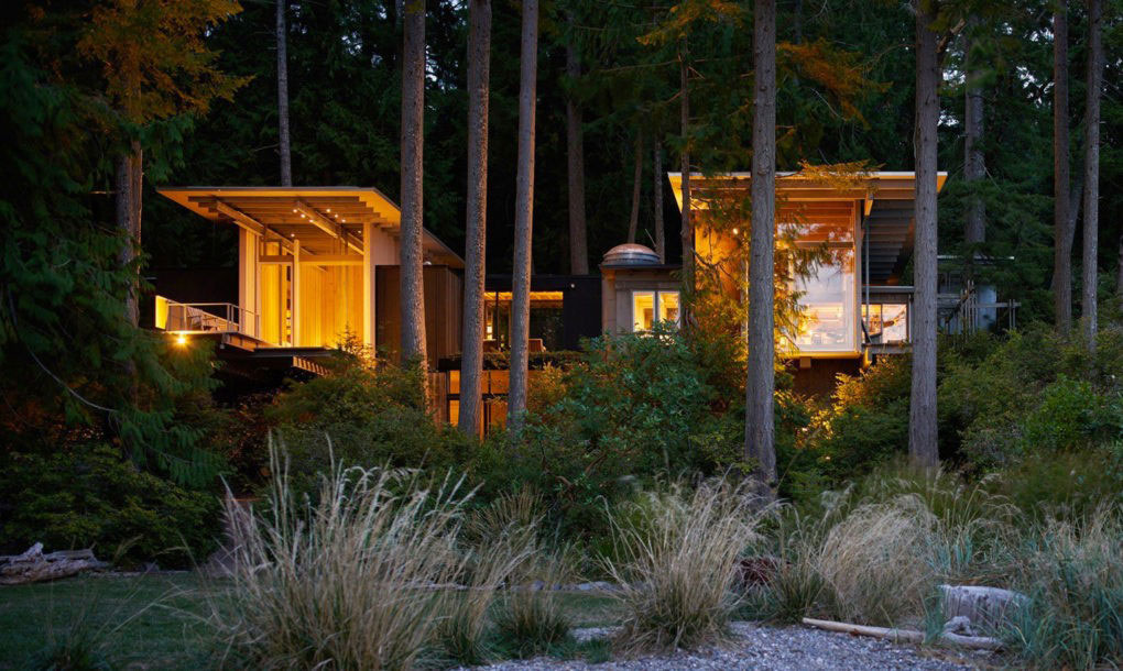 Jim Olson from Olson Kundig Architects Renovates a Cottage Enveloped by a Thick Forest