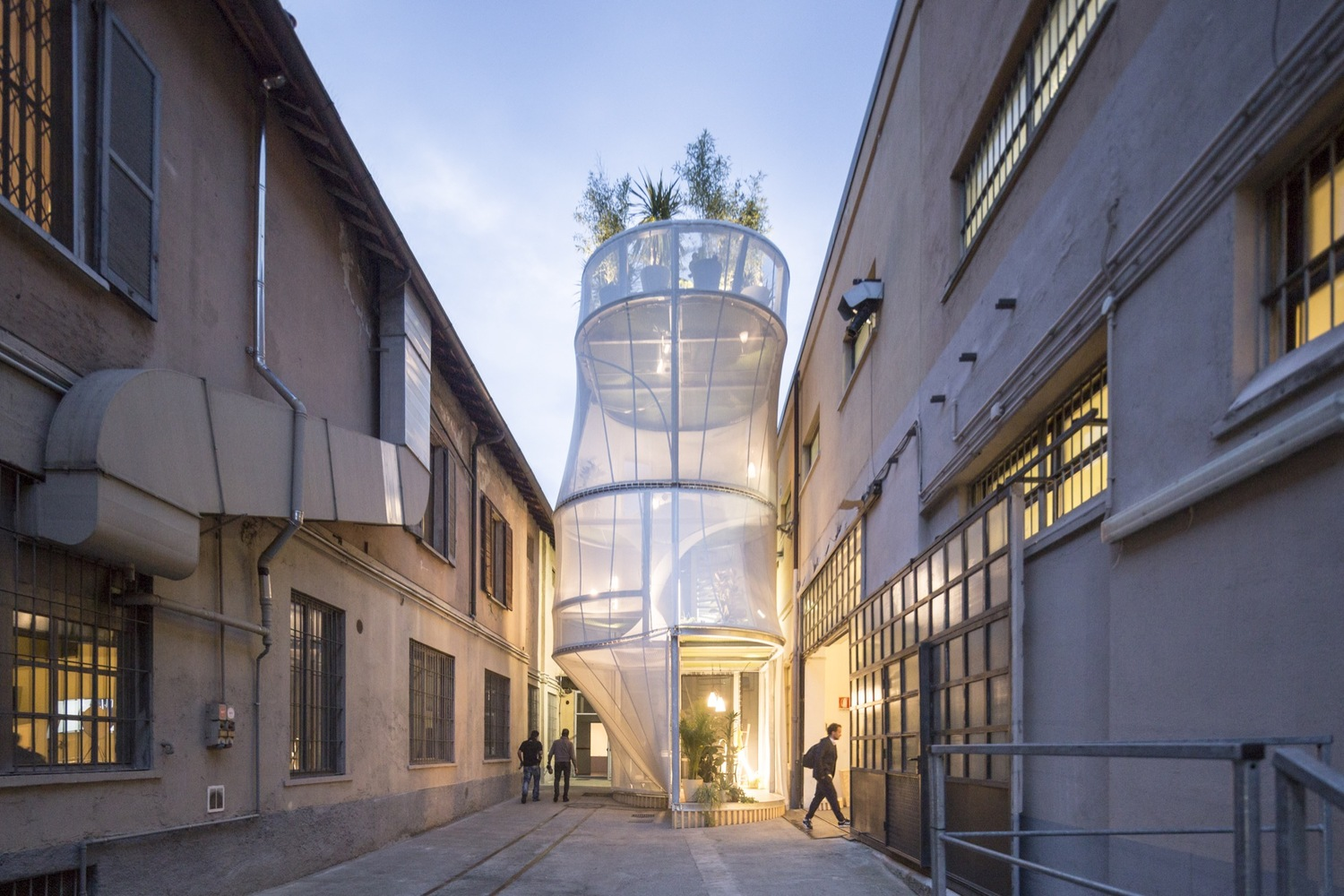Sustainable modular structure exposed in Milan, Italy