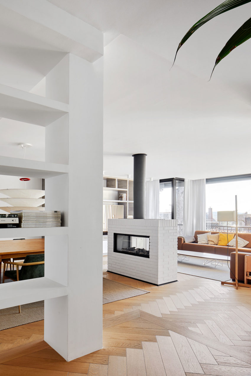 Conti. Cert Arquitectos Design a Private Home on Modolell Street, in ...
