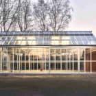 Transform-barns-into-solar-powered-workspaces-01