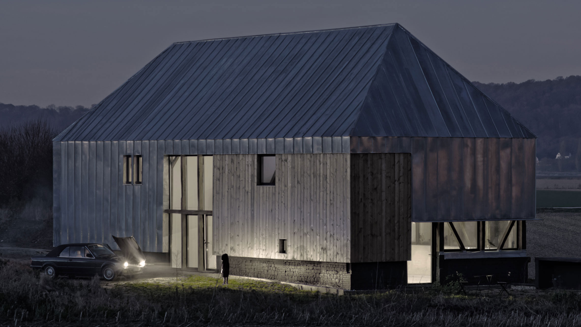 Antonin-Ziegler-covers-abandoned-barn-in-zinc-plates-12
