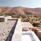 Comets-Architects-Rock-Split-House-Greece-01