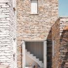 Comets-Architects-Rock-Split-House-Greece-03