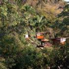 Heinz-Legler-expands-modular-tree-top-V-house-in-Mexico-01