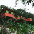 Heinz-Legler-expands-modular-tree-top-V-house-in-Mexico-02