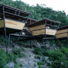 Heinz-Legler-expands-modular-tree-top-V-house-in-Mexico-04