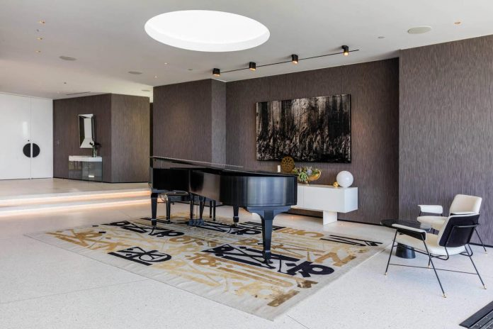 Luxurious-Midcentury-Los-Angeles-Residence-13