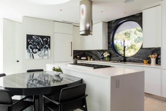 Luxurious-Midcentury-Los-Angeles-Residence-20