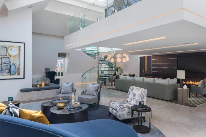 Four Stunning Residences with an Exquisite Atmosphere of Luxury and Comfort Designed by Derek Williams Limited