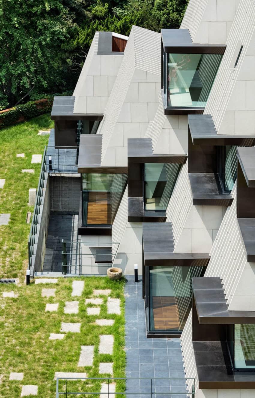 Mountainside House Design - House Plan 2017