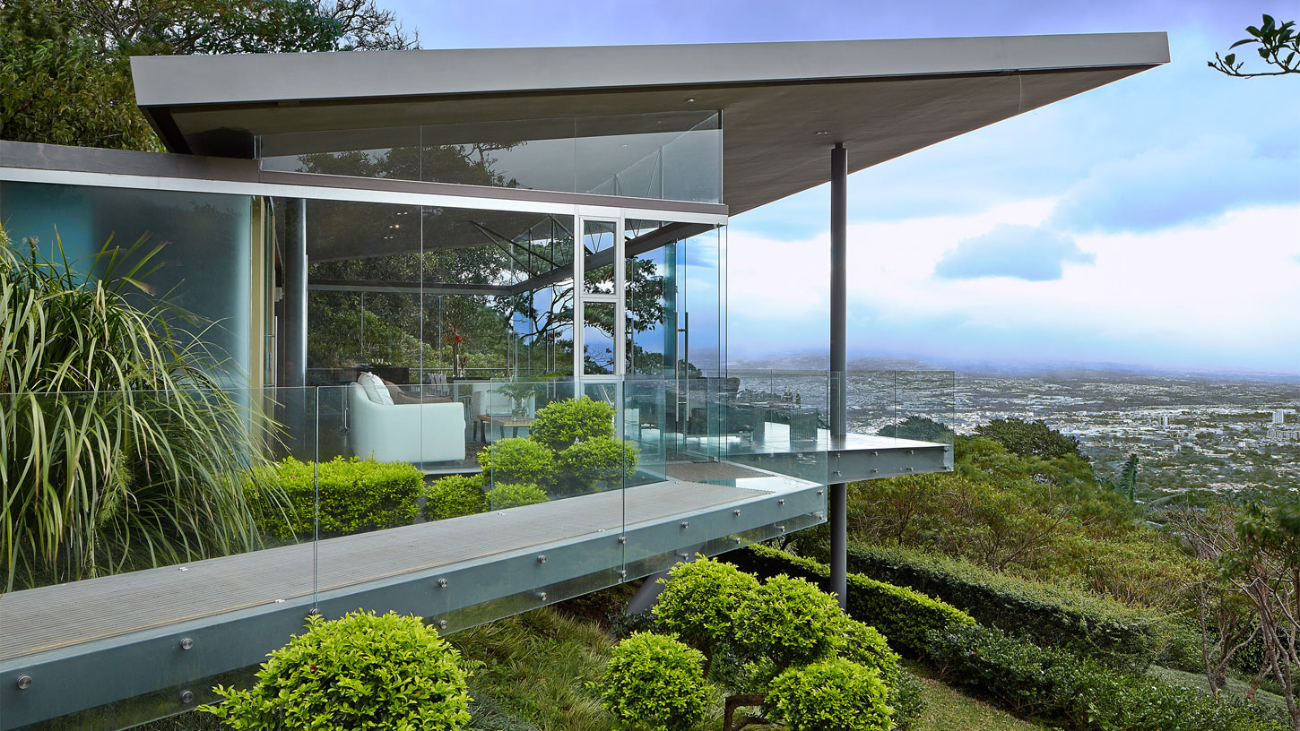 Steel-and-glass-Costa-Rican-home-01
