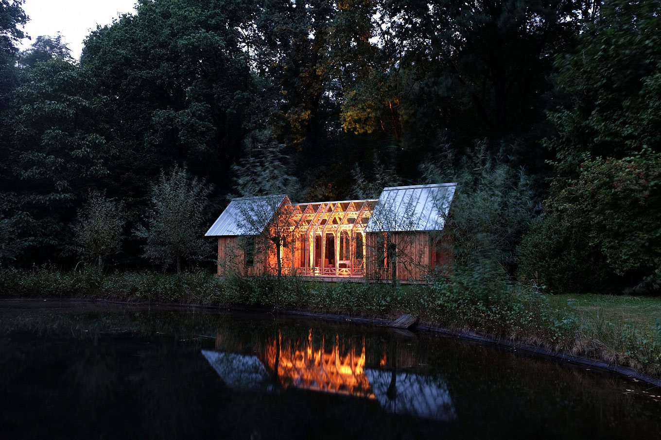 Ingenious Wooden Shed Full of Surprises in the Outskirts of Eindhoven