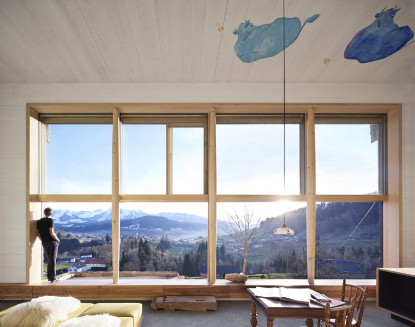 Loft With Wonderful Views Of The Mountains In Hittisau