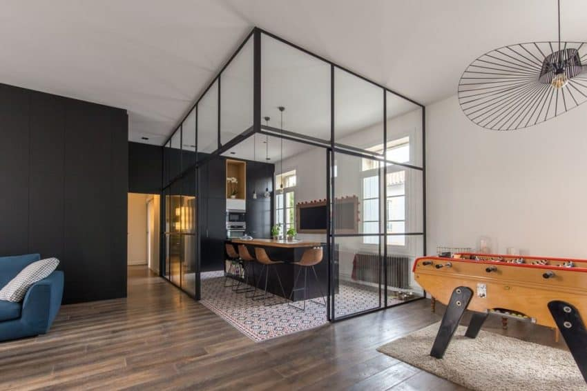 apartment renovated by brengues le pavec architectes located in montpellier france. Black Bedroom Furniture Sets. Home Design Ideas