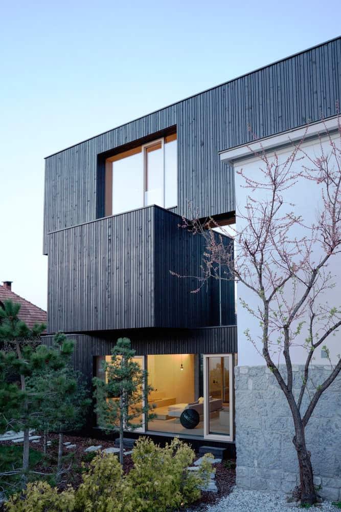 3SHOEBOX-House-04