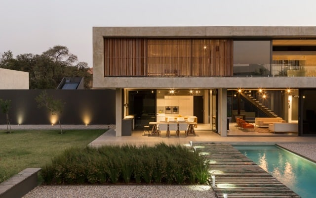Minimalist Style Home Designed By Thomas Gouws Architects