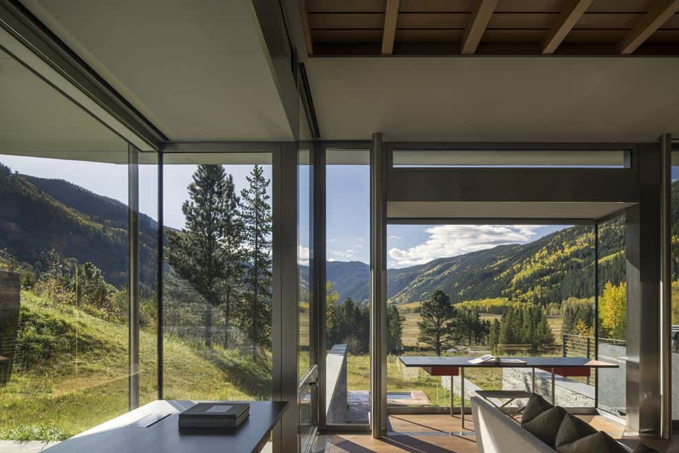 Home in Aspen, Colorado with Wonderful Views Over the Rocky Mountains