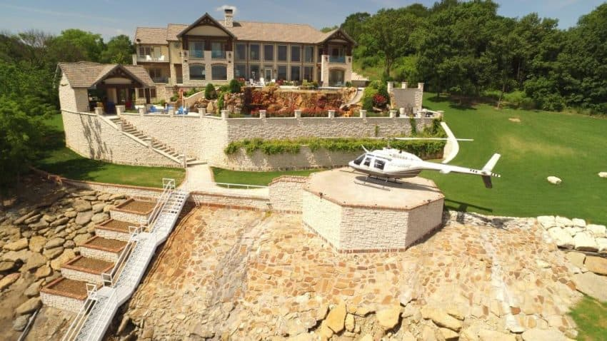 Stupendous Spectacular House In The Southern Creek Of Lake Texoma Download Free Architecture Designs Remcamadebymaigaardcom