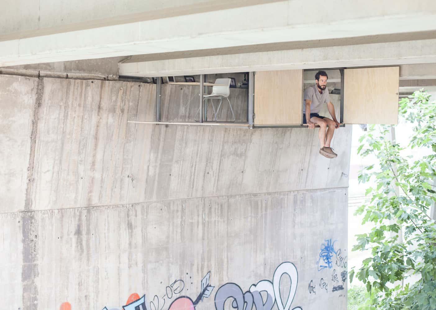 Fernando Abellanas Designed a Small Studio Hidden Under a Bridge in the City of Valencia, Spain