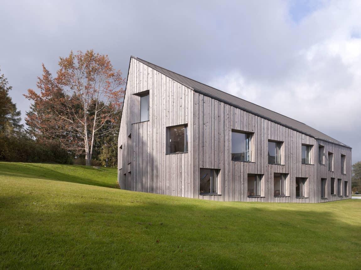functional house in switzerland designed by boegli kramp arc