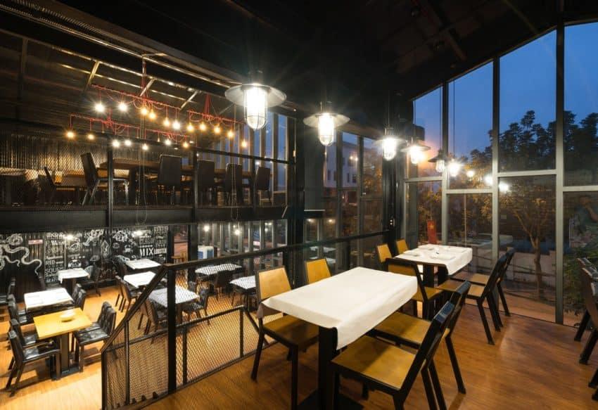 sea food restaurant located in vinh city vietnam. Black Bedroom Furniture Sets. Home Design Ideas