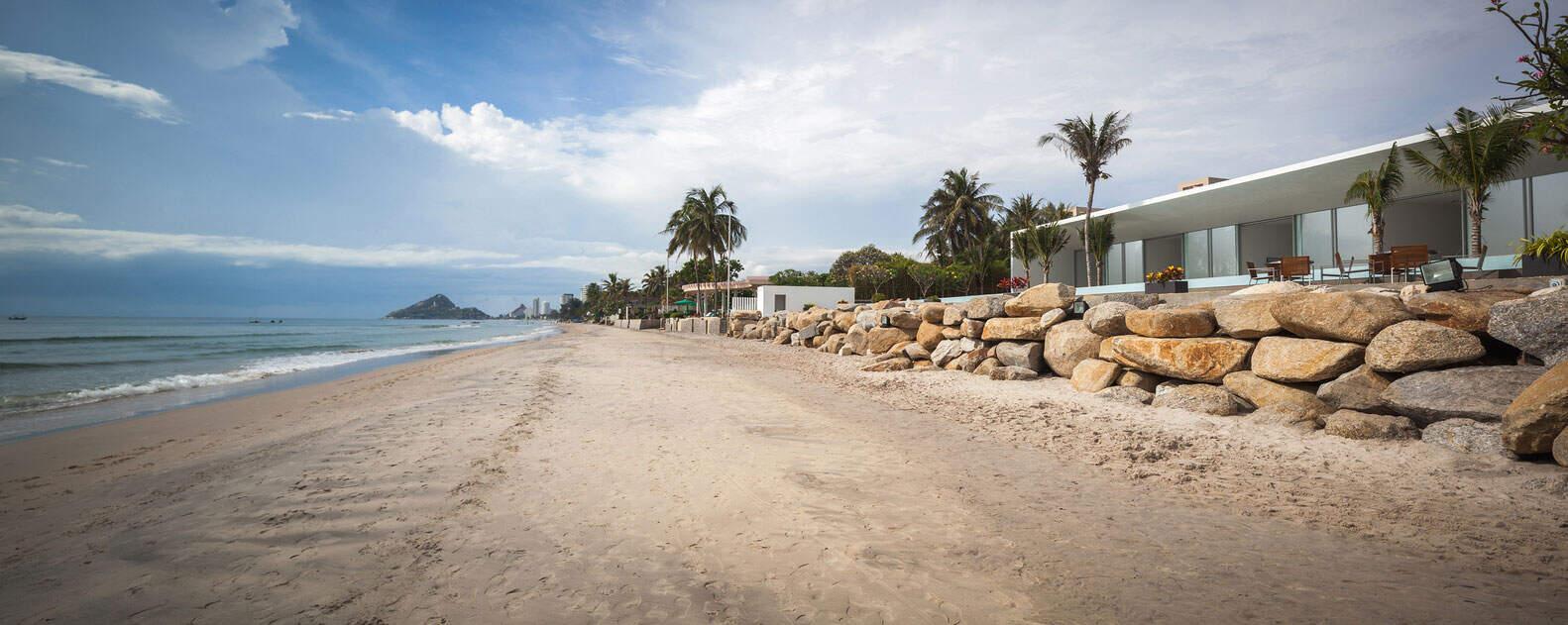 Seaside-Villa-01