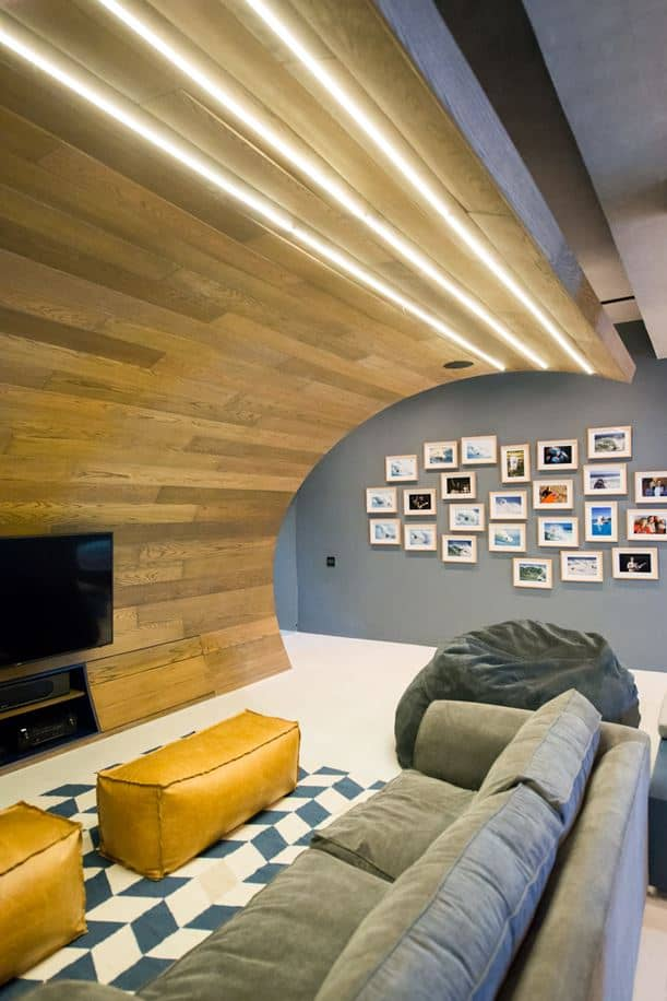 Urban Man Cave Coquitlam : Fabulous apartment with concrete skate track in cape town