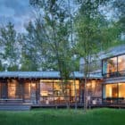 A-Modern-Lakeside-Cabin-in-Montana-08