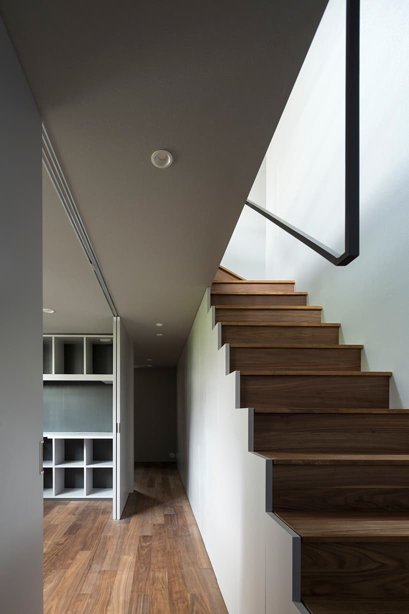 Narrow And Minimalist House Located In Eastern Tokyo Japan