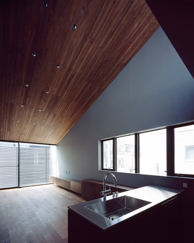Narrow and Minimalist House located in Eastern Tokyo, Japan